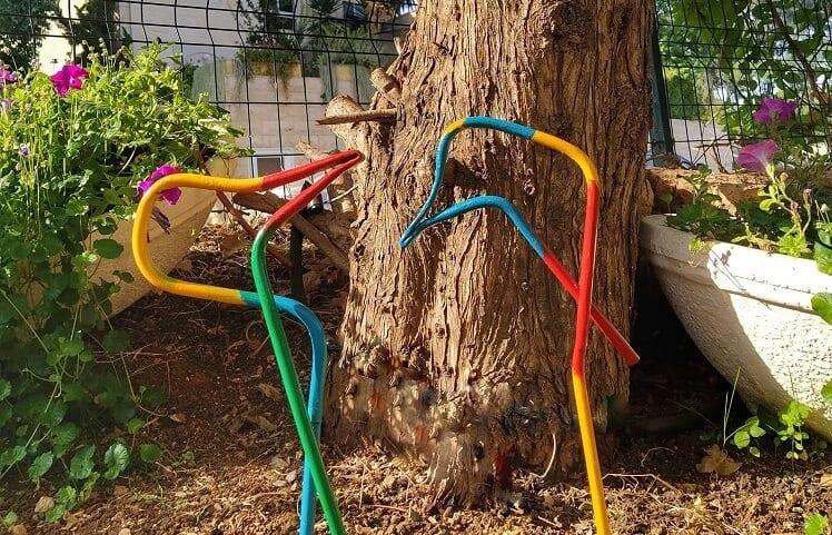 ציפורי ברזל בגינה