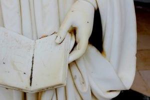 קטע מפסל יווני